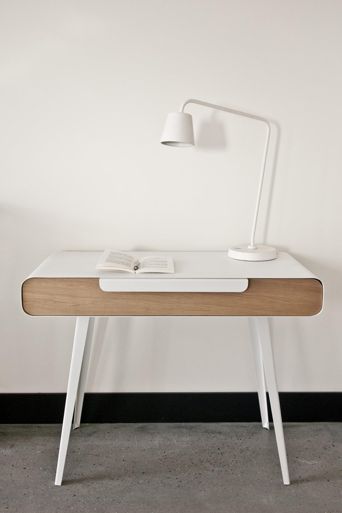 bureau console