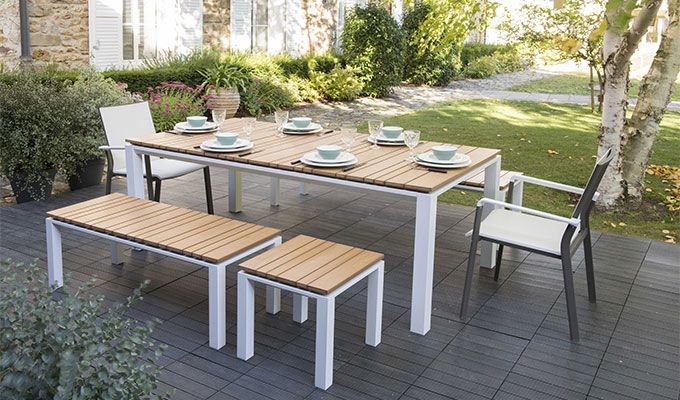 table de jardin en teck